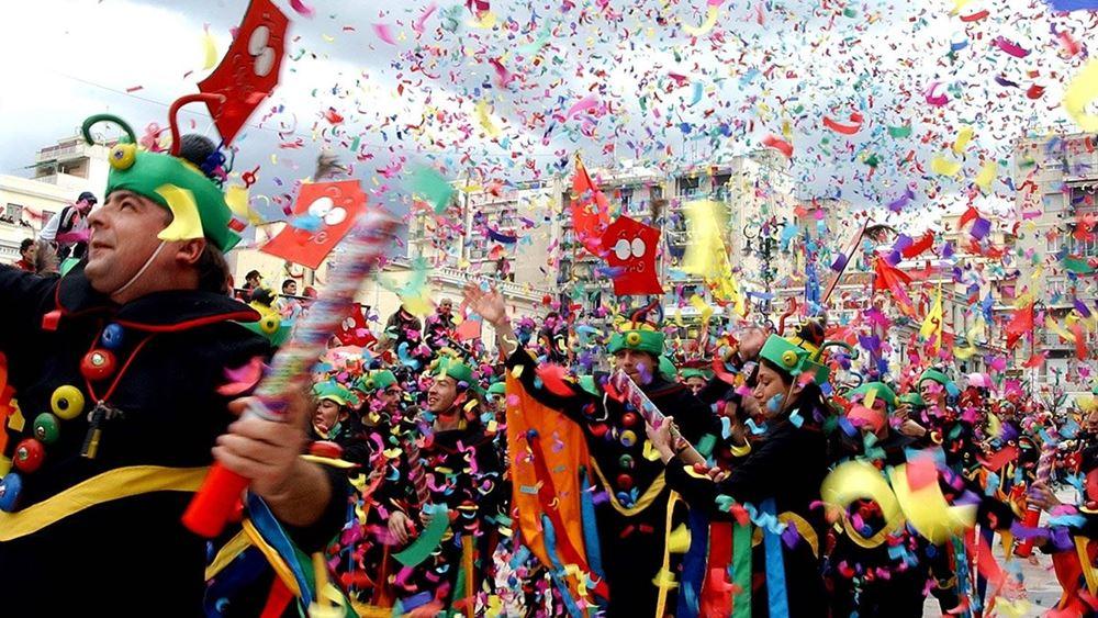 Ακυρώνεται το καρναβάλι της Πάτρας - Προανήγγειλε καλοκαιρινό καρναβάλι ο δήμαρχος