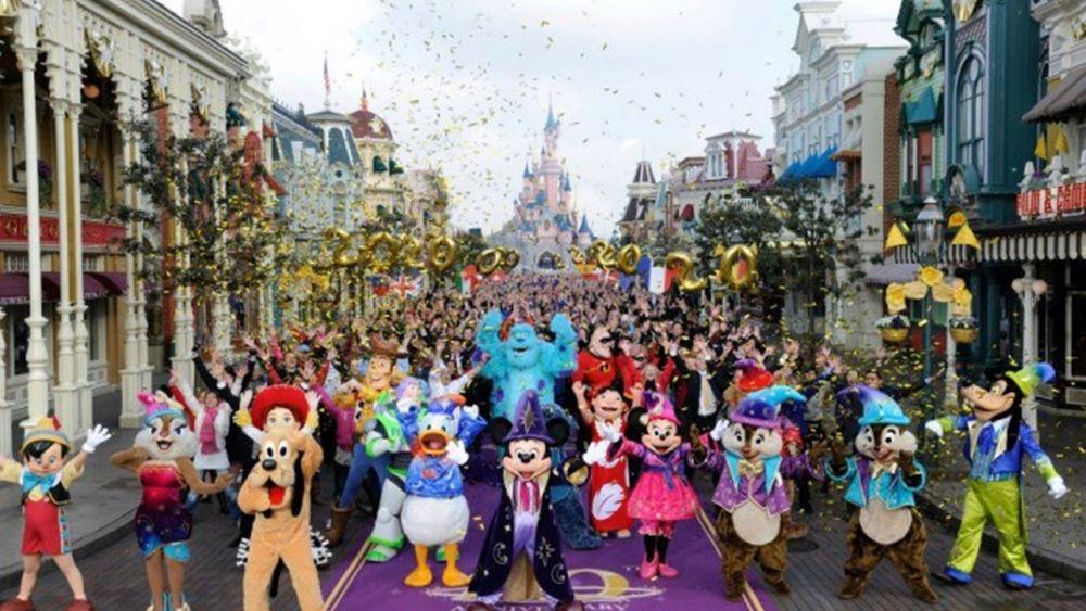 Disney: Ξεπέρασαν τις εκτιμήσεις κέρδη και έσοδα στο β' τρίμηνο χάρη στα θεματικά πάρκα