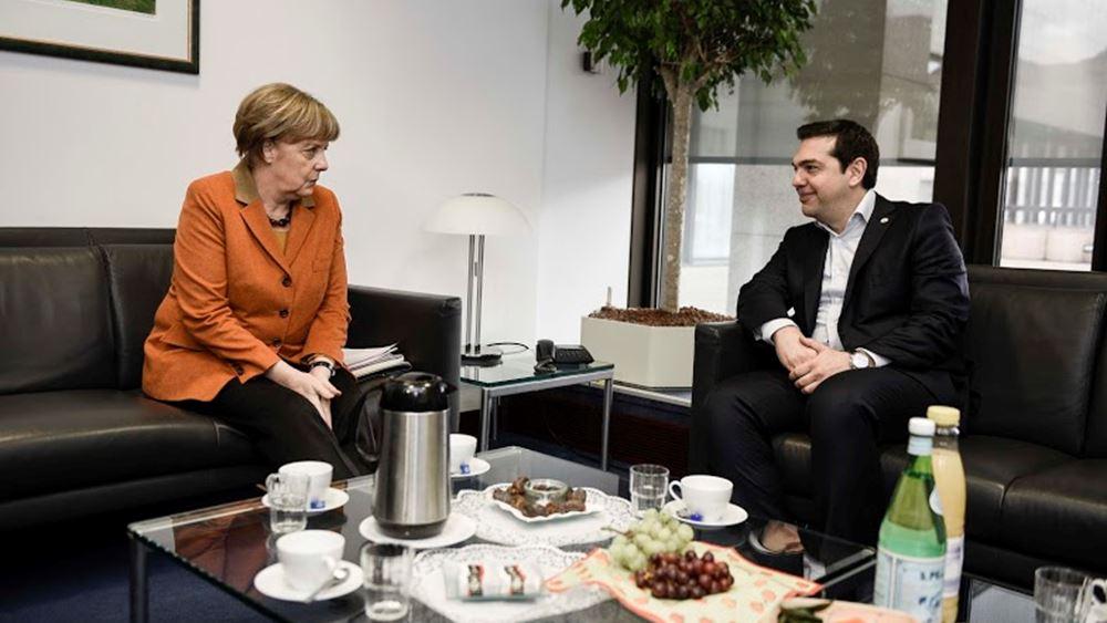 FT: Συμφωνία Τσίπρα με τη Μέρκελ για την επιστροφή προσφύγων στην Ελλάδα