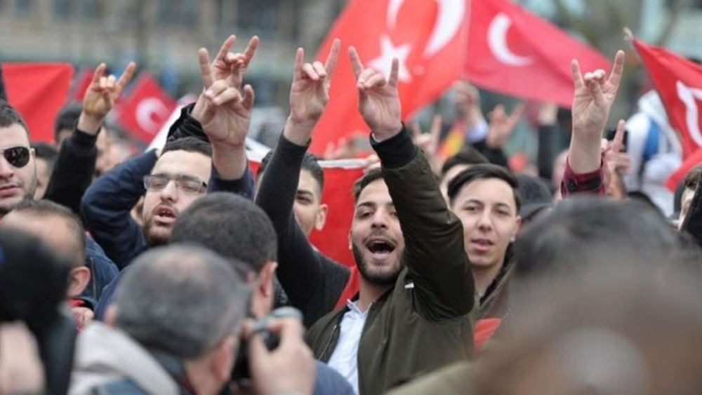 Μία χώρα σε άρνηση: Πώς θα αντιδράσει η Τουρκία σε πιθανή αναγνώριση της Γενοκτονίας των Αρμενίων