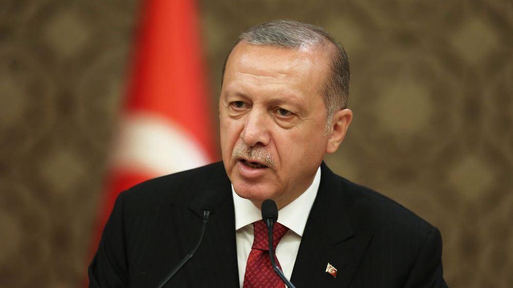 """Συρία: Ο Ερντογάν κατηγόρησε τη Δύση ότι """"τάσσεται στο πλευρό των τρομοκρατών"""""""