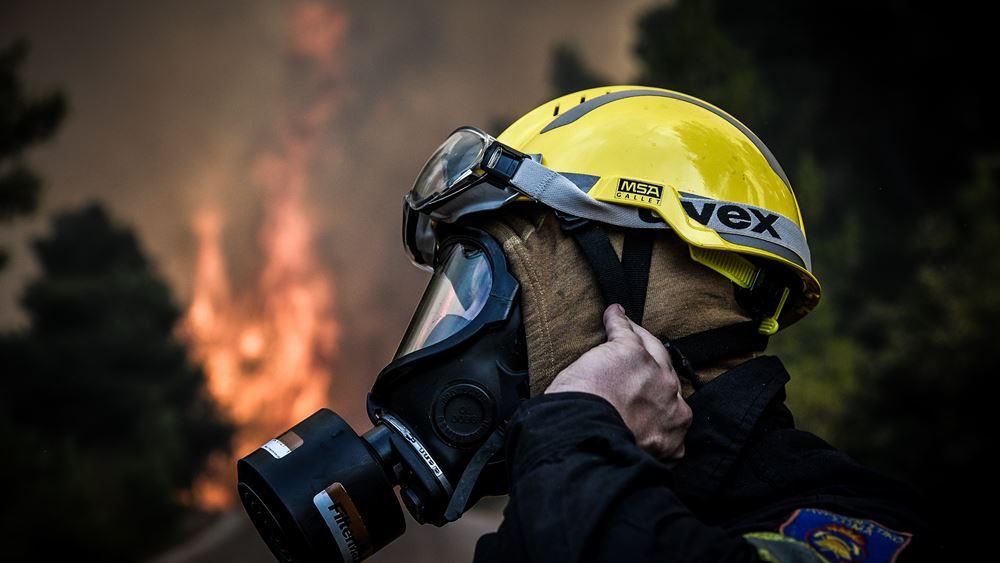 Πυρκαγιά περιμετρικά του Κέντρου Υποδοχής στη Σάμο