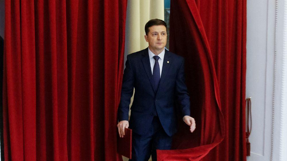 Τηλεδιάσκεψη αύριο μεταξύ Μακρόν - Ζελένσκι - Μέρκελ για την κατάσταση στην ανατολική Ουκρανία