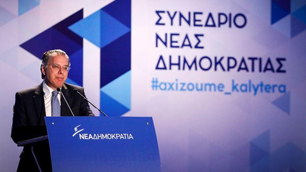 Γ. Κουμουτσάκος: Υποστηρίζει η κυβέρνηση σταδιακή εφαρμογή της λύσης για το όνομα;