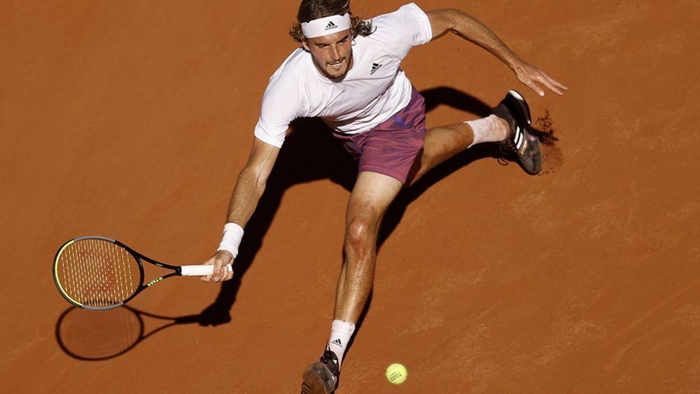 """Πάλεψε αλλά """"λύγισε"""" στο τέλος ο Στ. Τσιτσιπάς - Νικητής του Roland Garros ο Τζόκοβιτς με 3-2 σετ"""
