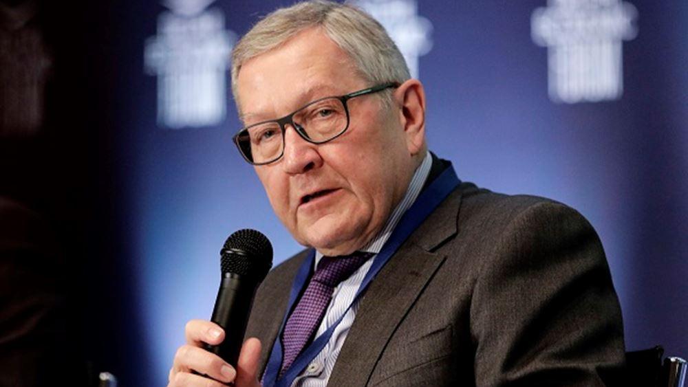 Ρέγκλινγκ: Ελπίζω ότι στη σύνοδο του Ιουνίου θα υπάρξει σαφής δέσμευση για την τραπεζική ένωση