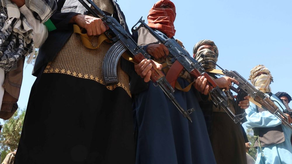 """Οι Ταλιμπάν καταδικάζουν την επιχείρηση των ΗΠΑ εναντίον του ΙΚ """"στο αφγανικό έδαφος"""""""