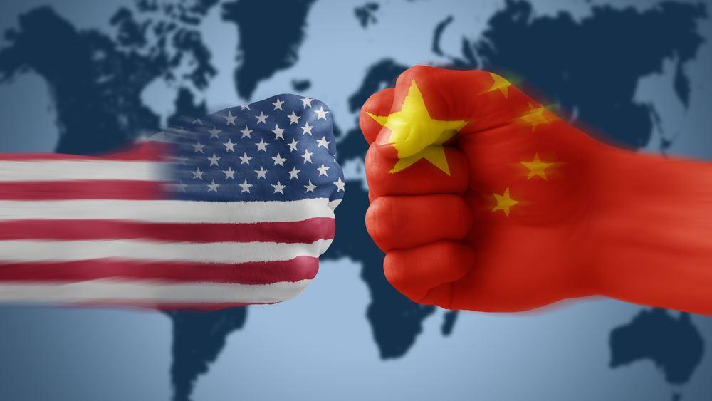 """Η Κίνα δηλώνει ότι """"δεν θα υποκύψει ποτέ"""" στις πιέσεις των ΗΠΑ"""