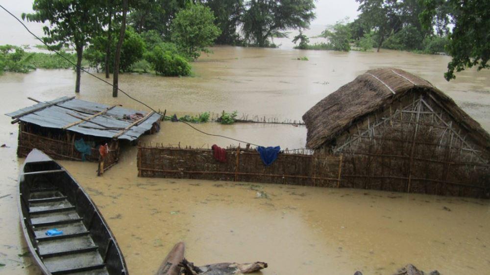 Ινδία: Τουλάχιστον 115 οι νεκροί από τις βροχές των μουσώνων που προκάλεσαν κατολισθήσεις και πλημμύρες