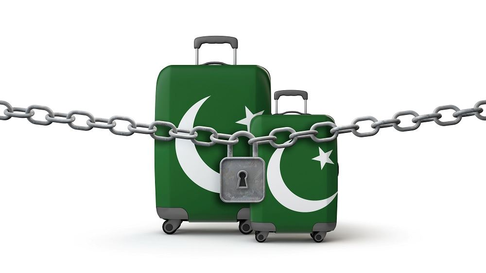 Πακιστάν: Μπλόκο στα αεροπορικά ταξίδια χωρίς πιστοποιητικό εμβολιασμού συστήνουν οι ειδικοί