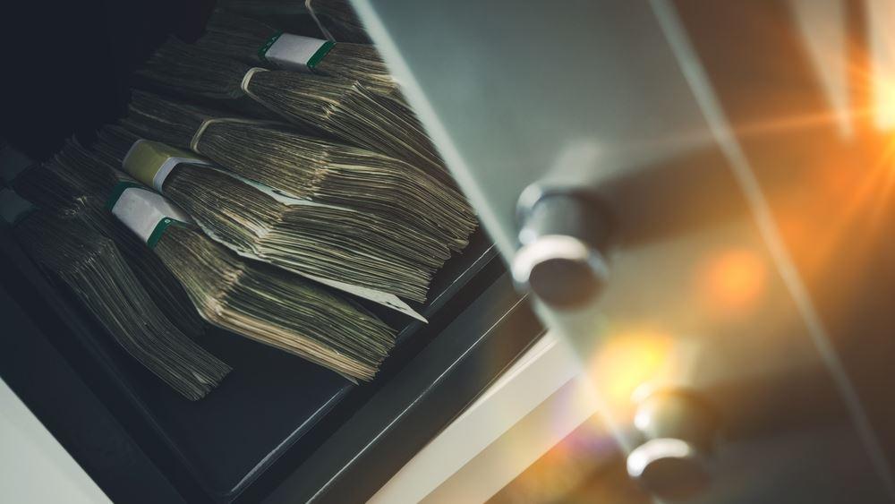 Θετικές προοπτικές για αύξηση των καταθέσεων στις τράπεζες