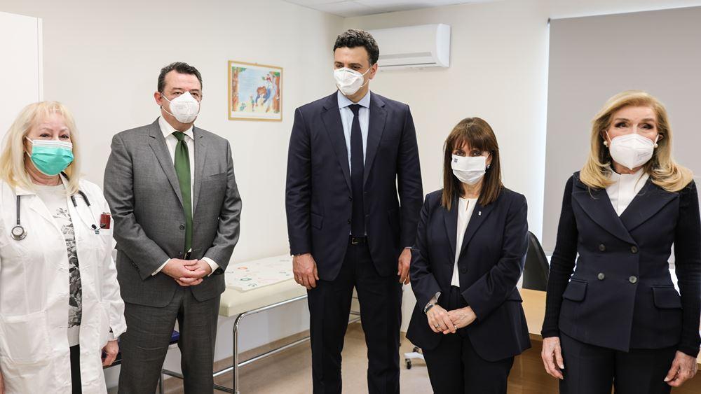 Στα εγκαίνια της νέας πτέρυγας του Κέντρου Υγείας Σαλαμίνας η ΠτΔ