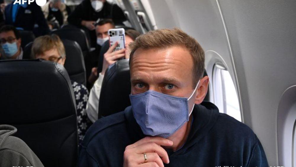 Έντονες αντιδράσεις ΗΠΑ - ΕΕ για την κράτηση Ναβάλνι μετά την άφιξή του στη Ρωσία