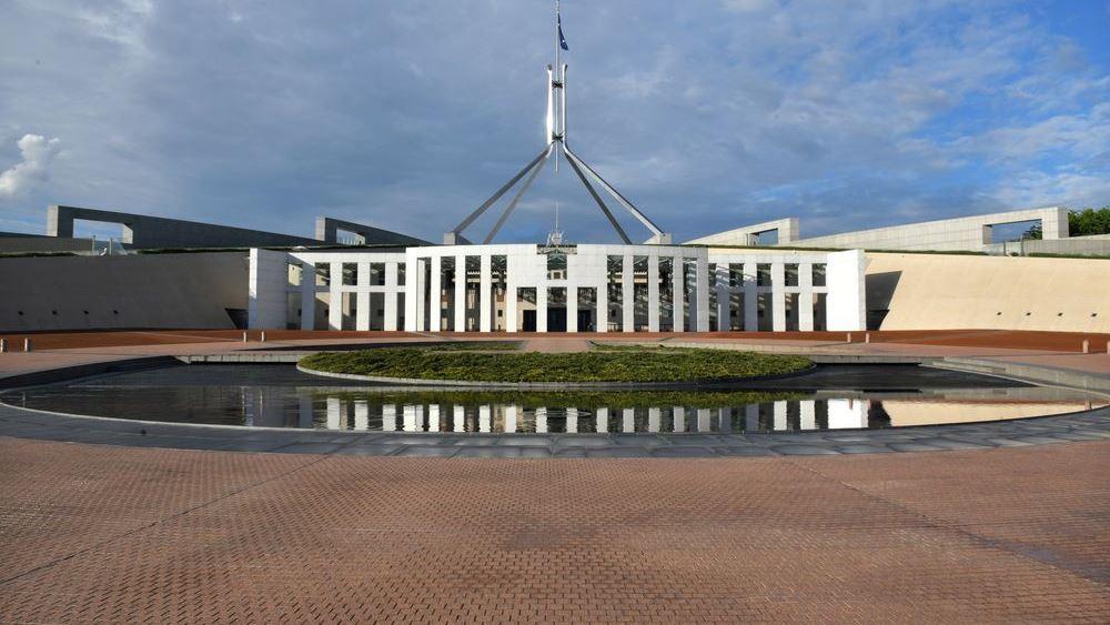 """Πώς έγινε """"βάλτος"""" σεξουαλικών σκανδάλων η πρωτεύουσα της Αυστραλίας"""