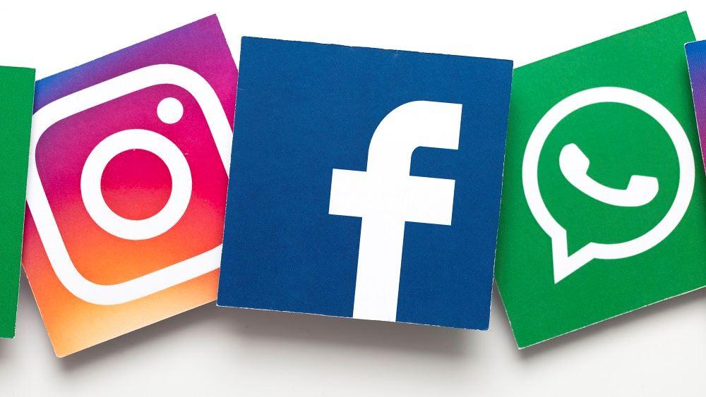 """Το Facebook κινδυνεύει να """"κάτσει στο εδώλιο"""" για τις εξαγορές Instagram και WhatsApp"""