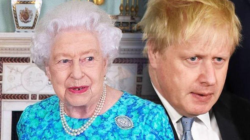 """""""Διώξε με αν τολμάς"""", θα πει ο Μπόρις Τζόνσον στη βασίλισσα"""