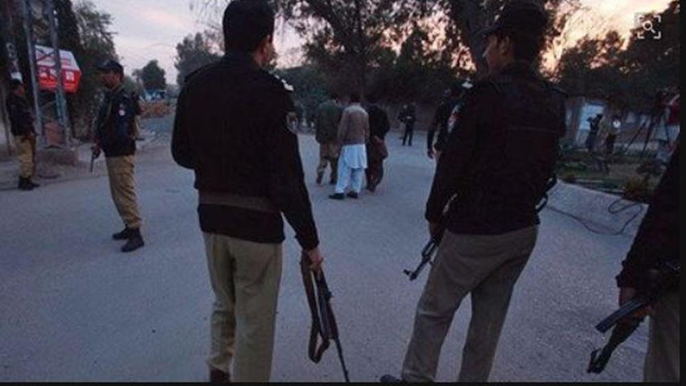 Πακιστάν: Το ΙΚ ανέλαβε την ευθύνη για την επίθεση αυτοκτονίας με 8 νεκρούς στην Κουέτα