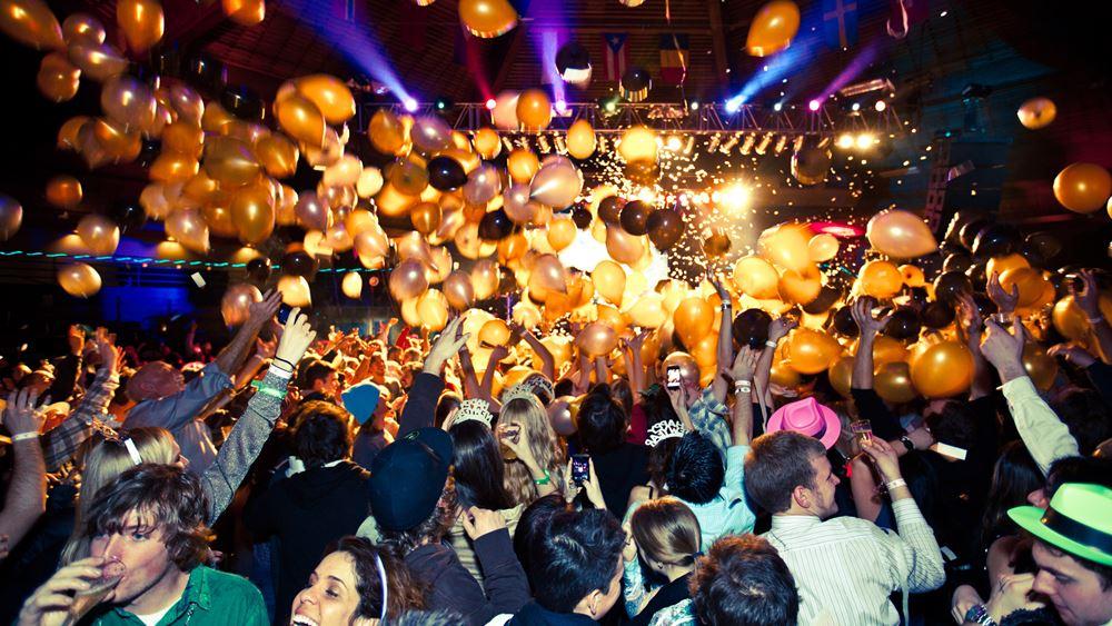 Εισαγγελία Πρωτοδικών: Προκαταρκτική εξέταση για το κορονοπάρτι σε μπιτς μπαρ στον Άλιμο