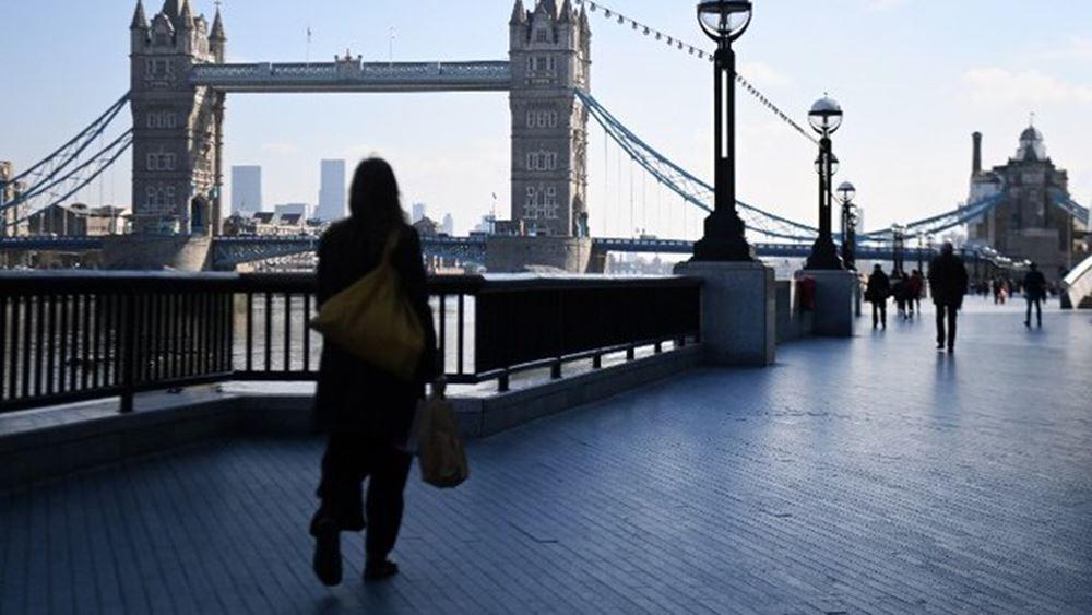Μ. Βρετανία: Οι εργαζόμενοι πρώτης γραμμής ζητούν προτεραιότητα στον ανεφοδιασμό καυσίμων