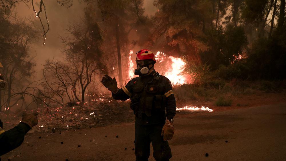 Σε τρία σημεία υπάρχουν ακόμα εστίες φωτιάς στην Ανατολική Μάνη