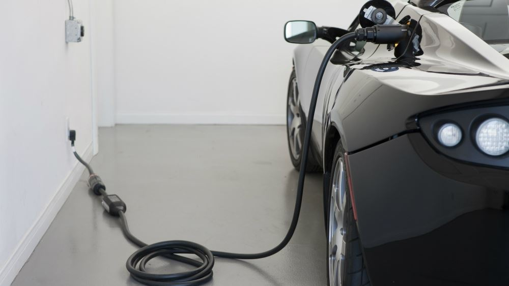 Αυξήθηκαν κατά 60% τα σημεία φόρτισης των ηλεκτρικών αυτοκινήτων το 2019