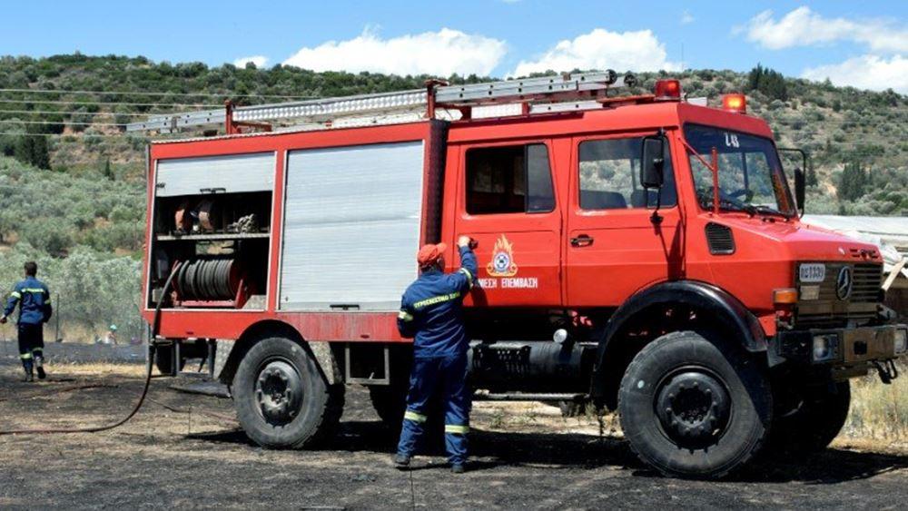 Ηράκλειο Κρήτης: Υπό έλεγχο πυρκαγιά στον δήμο Μαλεβιζίου