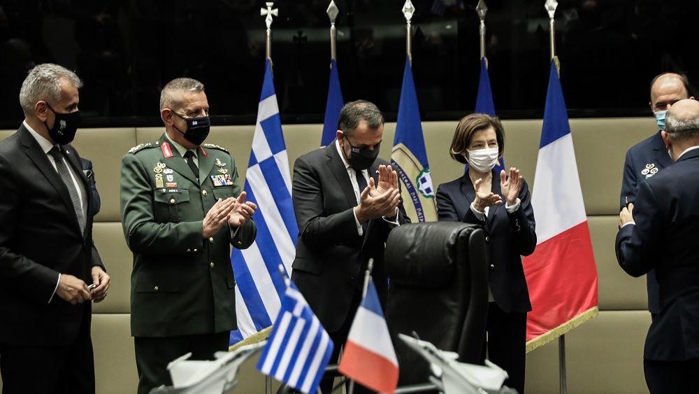 Υπεγράφη η συμφωνία για τα Rafale από Ν. Παναγιωτόπουλο και Φ. Παρλί