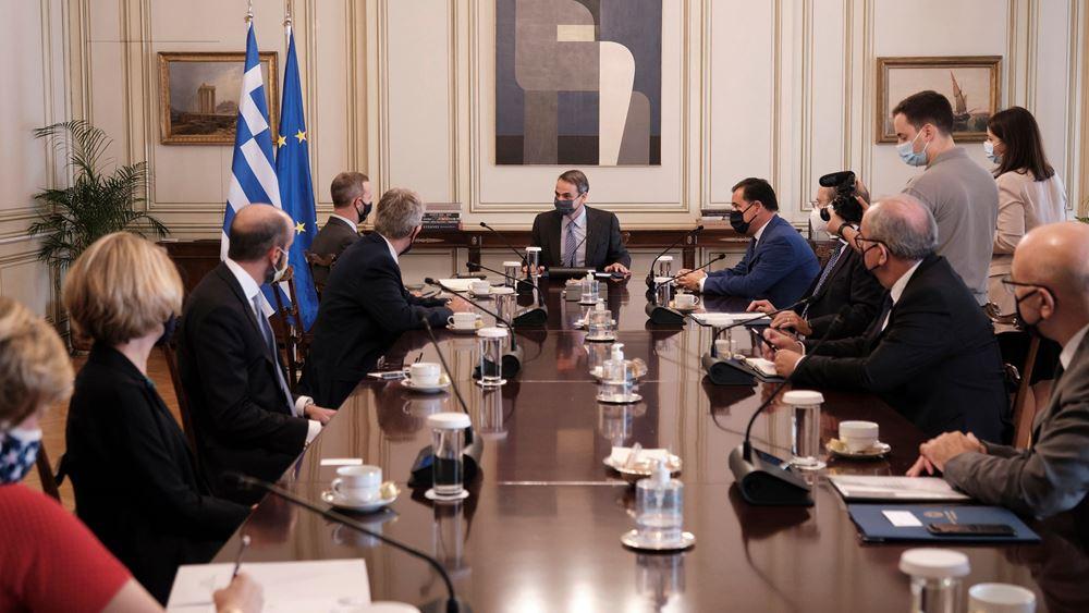 Με τον επικεφαλής του αμερικανικού κρατικού χρηματοδοτικού οργανισμού IDFC συναντήθηκε ο Κ. Μητσοτάκης