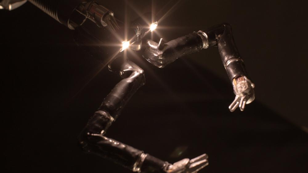 Ρομπότ εμπνευσμένο από ταινία του 1966 φέρνει την επανάσταση στα χειρουργεία κοιλιάς