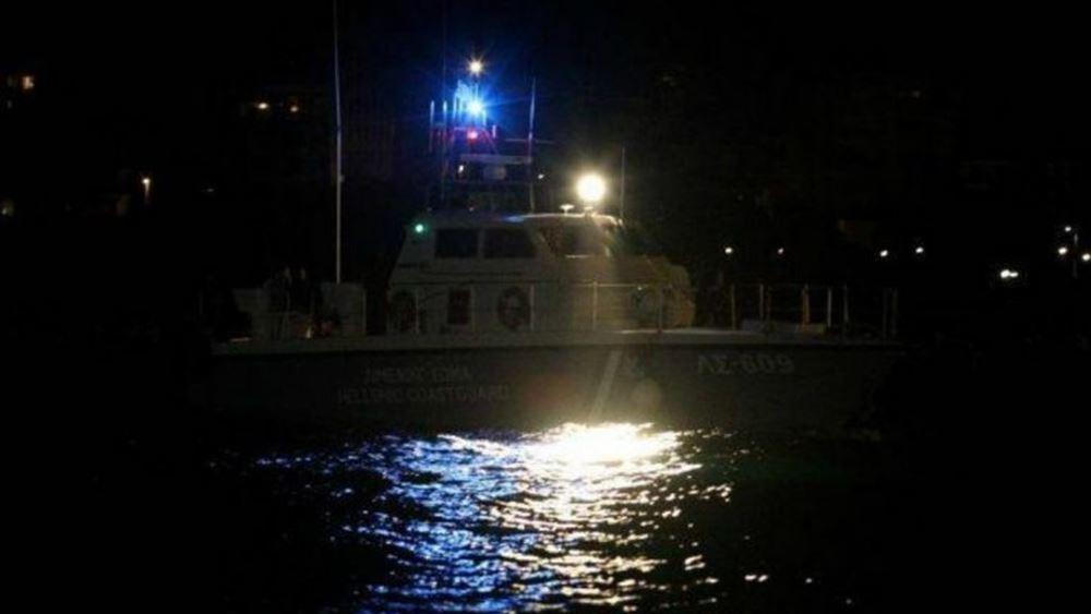 Ακυβέρνητο πλοίο βόρεια του Ηρακλείου