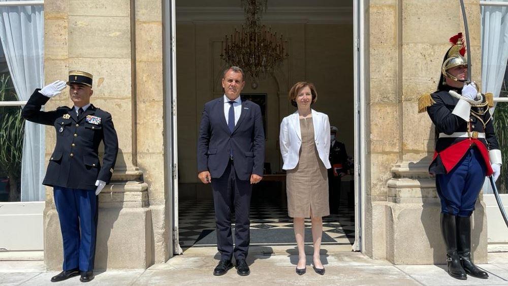 Η ενίσχυση της διμερούς αμυντικής συνεργασίας στο επίκεντρο της συνάντησης Παναγιωτόπουλου με την υπουργό Άμυνας της Γαλλίας