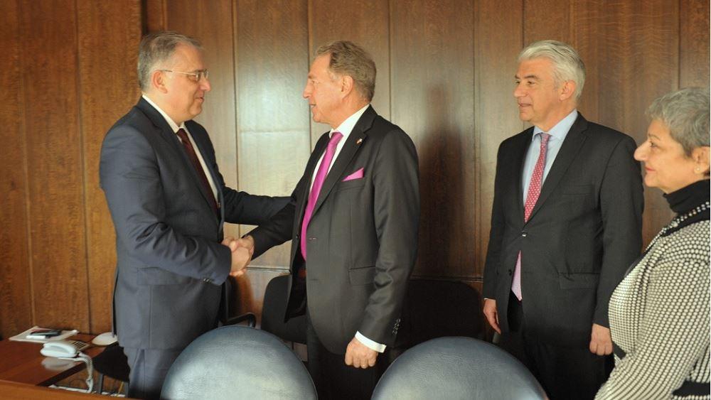Συνάντηση Θεοδωρικάκου με τον Γερμανό υφυπουργό Οικονομικής Συνεργασίας και Ανάπτυξης