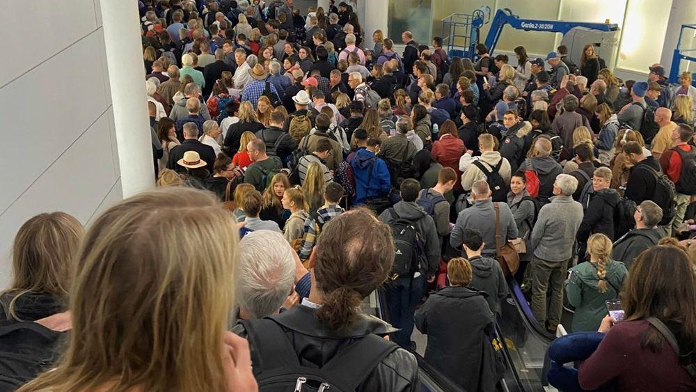 ΗΠΑ: Χάος στα αεροδρόμια από τους ελέγχους για κορονοϊό