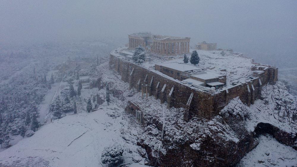 Μήδεια: Στα λευκά το κέντρο της Αθήνας - Δείτε φωτογραφικό οδοιπορικό