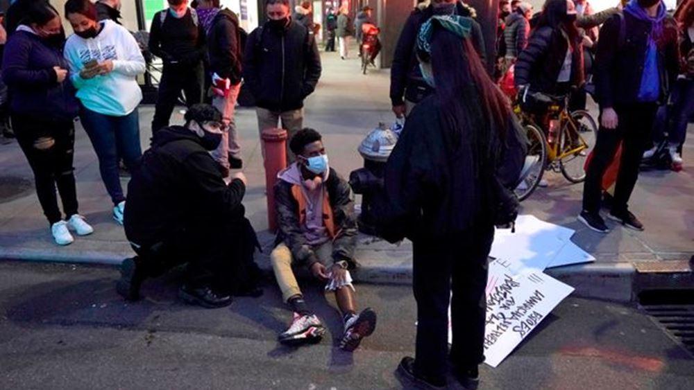 ΗΠΑ: Αυτοκίνητο έπεσε πάνω σε διαδήλωση του κινήματος Black Lives Matter στη Νέα Υόρκη