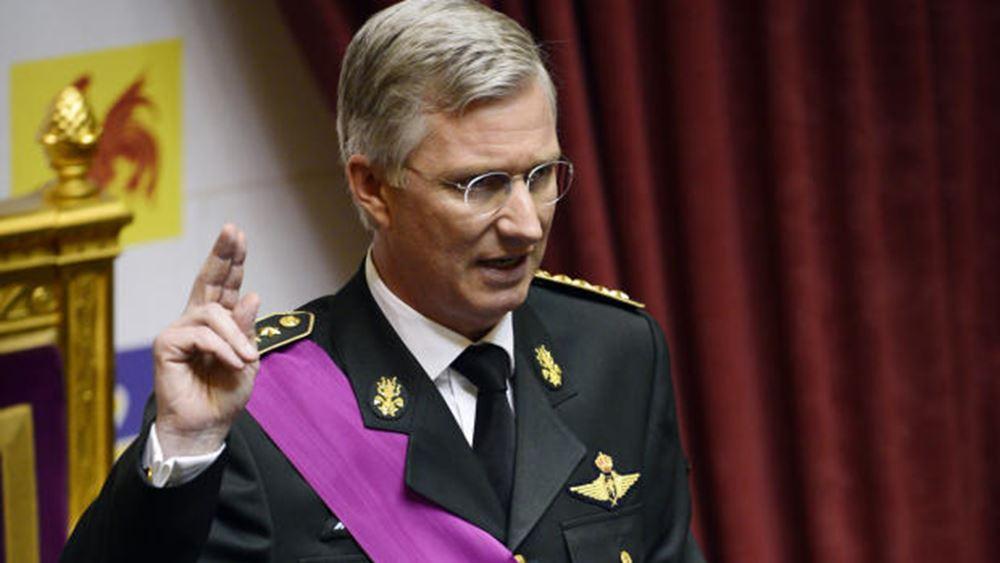 Βέλγιο: Ο βασιλιάς δεν έχει αποφασίσει εάν θα δεχτεί την παραίτηση του πρωθυπουργού