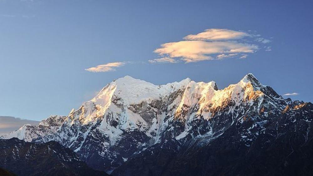 Ινδία: Τμήμα παγετώνα των Ιμαλαΐων κατέρρευσε- 7 νεκροί, 125 αγνοούμενοι