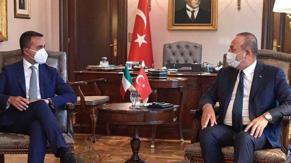 """Ο Τσαβούσογλου λέει τώρα ότι θέλει """"συνεργασία με την Ελλάδα στην Αν. Μεσόγειο"""""""