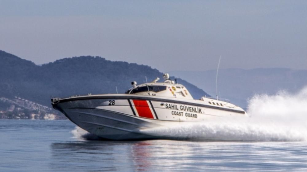 Η τουρκική ακτοφυλακή παρενόχλησε Έλληνες ψαράδες στα Ίμια