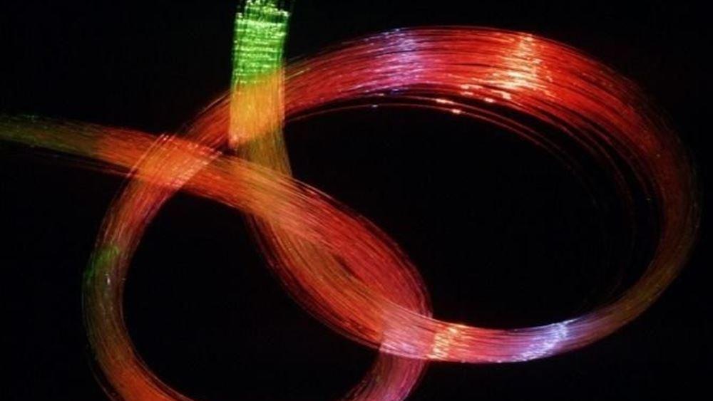"""Στο πρόγραμμα """"fibre in the sky"""" το Αστεροσκοπείο Σκίνακα και ο Αστρονομικός Σταθμός Χολομώντα"""