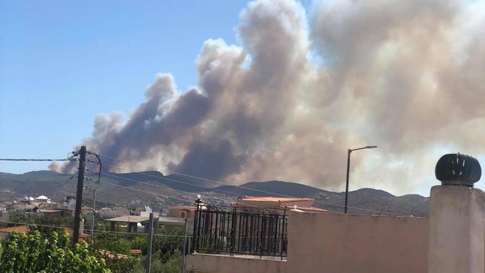 Πυρκαγιά στην περιοχή Μαρκάτι του Δήμου Λαυρεωτικής - Ανεξέλεγκτη η φωτιά λέει ο δήμαρχος