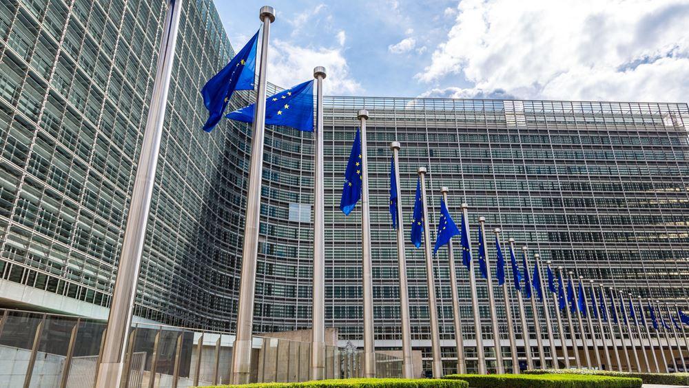Εξηγήσεις για τους αφορολόγητους κοινούς λογαριασμούς ζητά η Ε.Ε. από την Ελλάδα