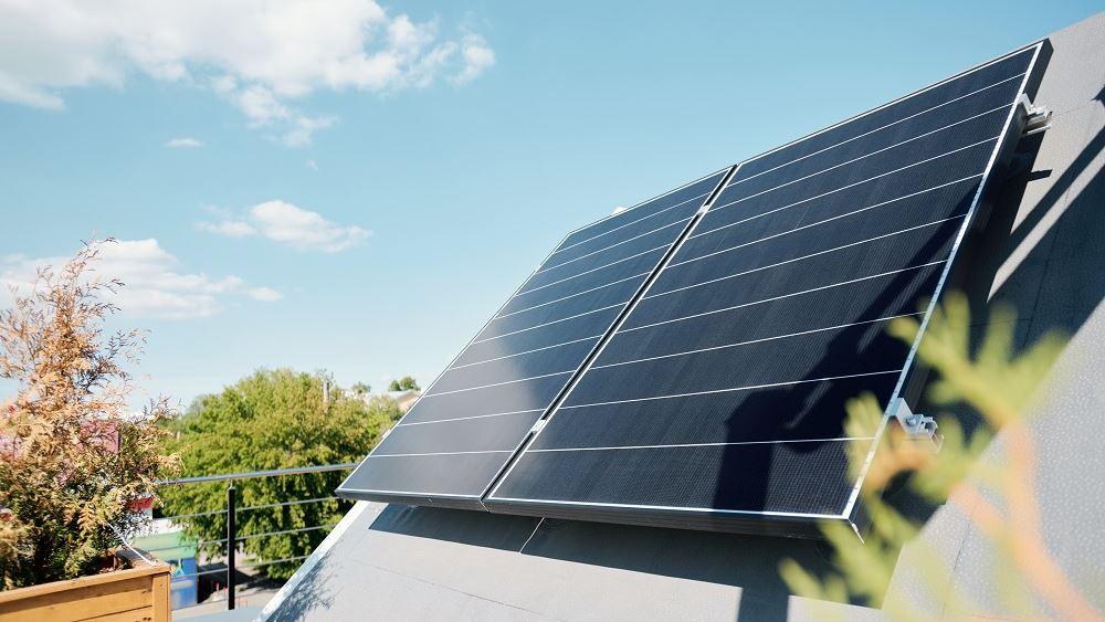 Από τους φορτιστές αυτοκινήτων στα ηλιακά πάνελ: Πώς η νέα τεχνολογία μεταμορφώνει τα σπίτια μας