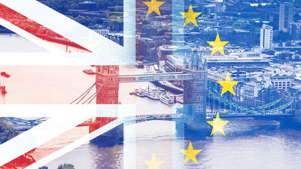 """Η βρετανική βιομηχανία μόδας φοβάται το """"ασύντακτο"""" Brexit"""