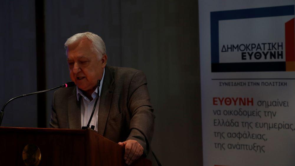 Σχόλιο του πρώην υπουργού Αλ. Παπαδόπουλου για τη συμφωνία Ελλάδας - Αλβανίας περί Χάγης