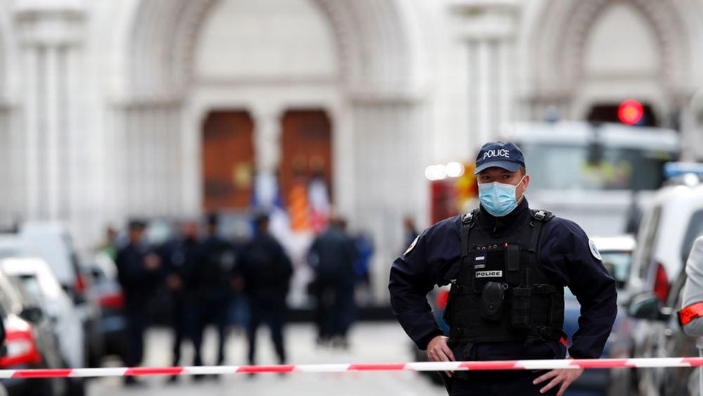 Γαλλία: Ελεύθεροι τρεις άντρες, ανακρίθηκε Τυνήσιος που έφθασε στην χώρα μαζί με τον δράστη της Νίκαιας
