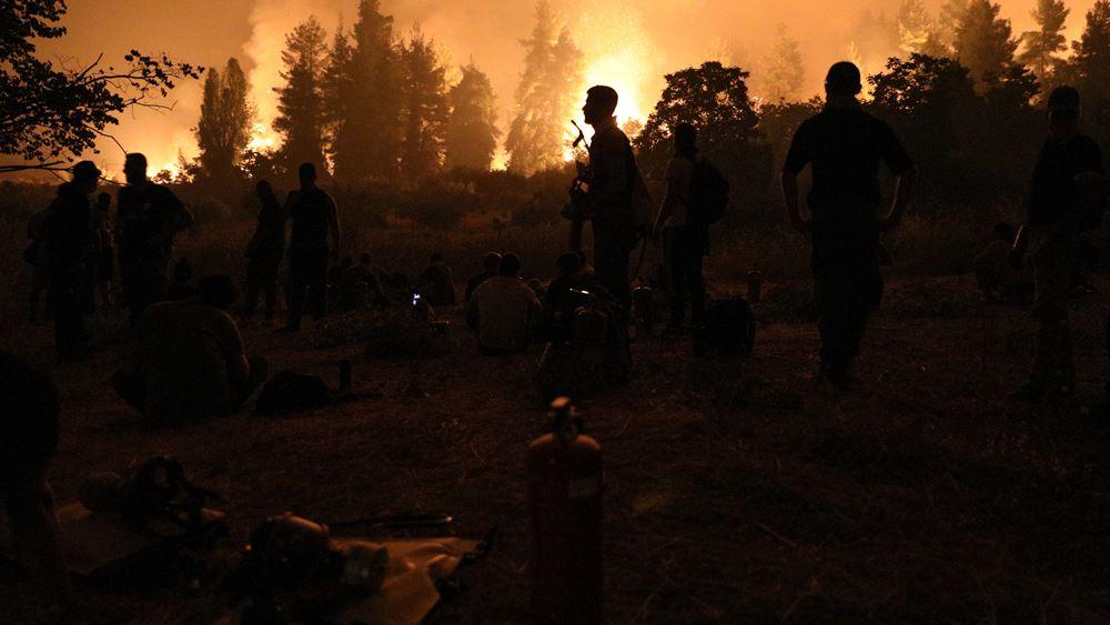 """Το φιάσκο της Πυροσβεστικής στις φωτιές του Αυγούστου - Πώς και πού """"στράβωσε"""" το σχέδιο πυρόσβεσης"""