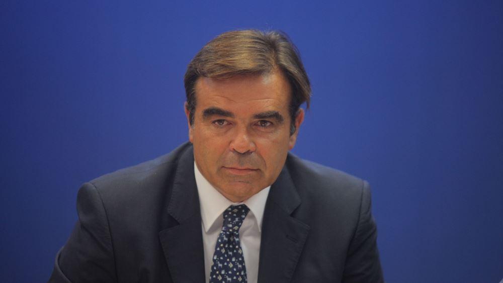 Μ. Σχοινάς: Προτεραιότητα της Κομισιόν η ασφαλής πλοήγηση στο διαδίκτυο