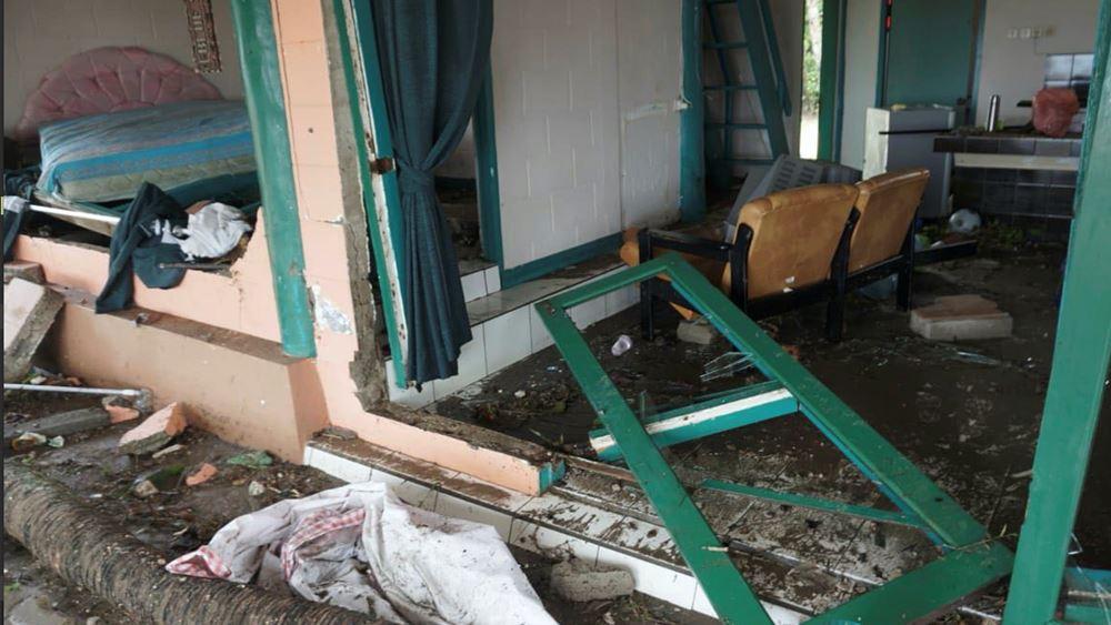 Ινδονησία: Στους 373 αυξήθηκαν οι νεκροί, πάνω από 1.400 τραυματίες