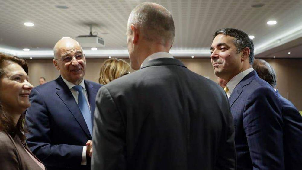 Πρωτοβουλία Ελλάδας για επανεκκίνηση διαδικασίας ένταξης Β. Μακεδονίας - Αλβανίας στην ΕΕ